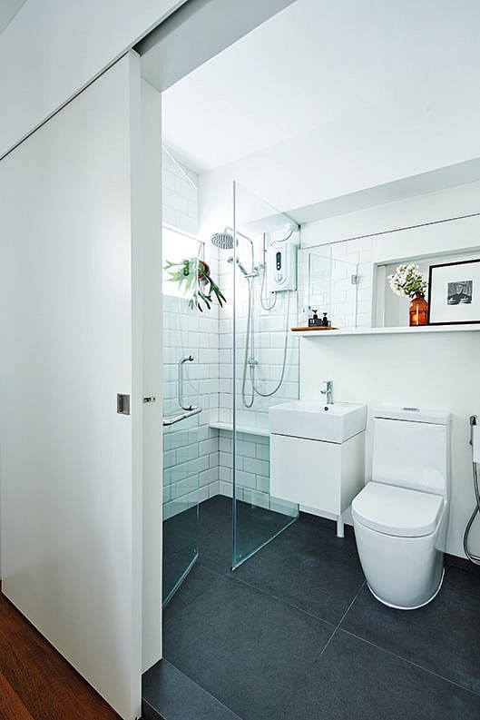 Bathroom Interesting Small Shower Stalls With Fabulous: Unique But Tiny Bathrooms To Inspire You