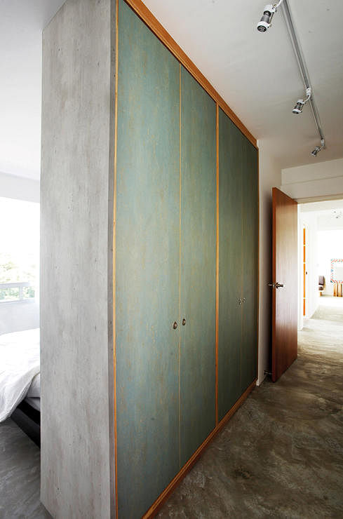Want A Walk in Wardrobe In Small HDB Flat Here Are 7
