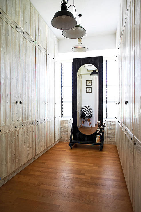 How To Design The Perfect Walk In Wardrobe Home Amp Decor