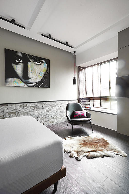 Scandinavian Style With Light And Dark Contrasts Three Bedroom Condominium Apartment Photo 2