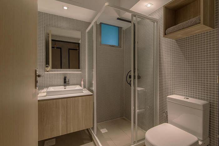 Bathroom design ideas 6 stylish hdb flat bathrooms with for Bathroom design singapore