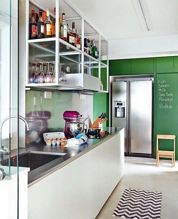 Kitchen design ideas 8 stylish and practical hdb flat for Kitchen ideas hdb