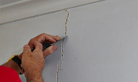Renovation How To Deal With Cracking Plastered Walls Home Decor Singapore