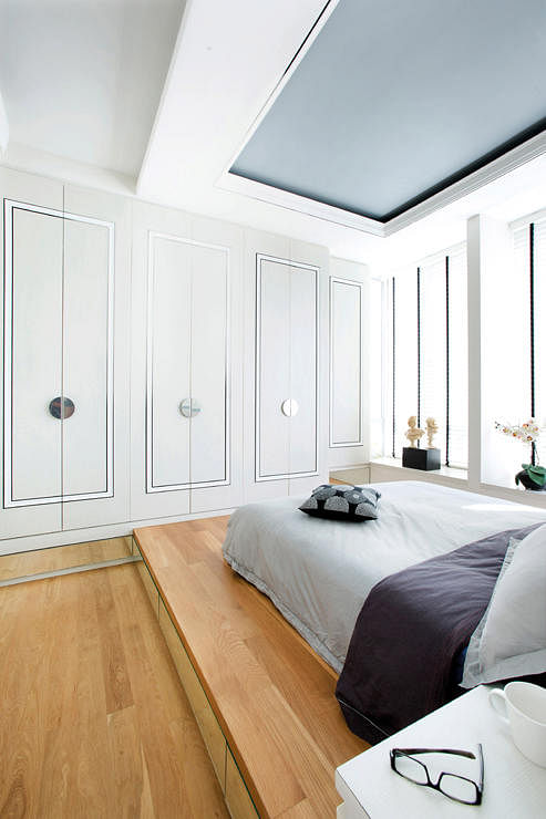 Renovation how to turn a spare bedroom into a walk in - Small apartment bedroom ideas ...