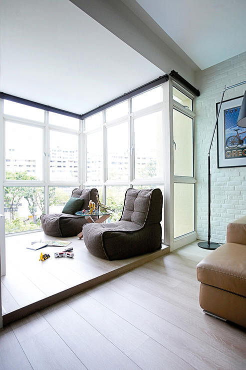 6 ways to redesign your balcony home decor singapore for Living room with balcony interior