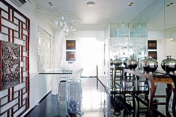 Modern oriental antique furnished three room hdb flat for Oriental furniture singapore