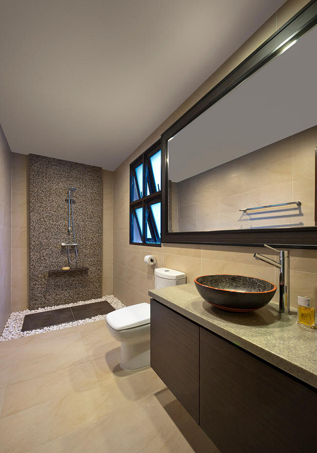 House tour a resort style home with modern touches home for Park designs bathroom accessories