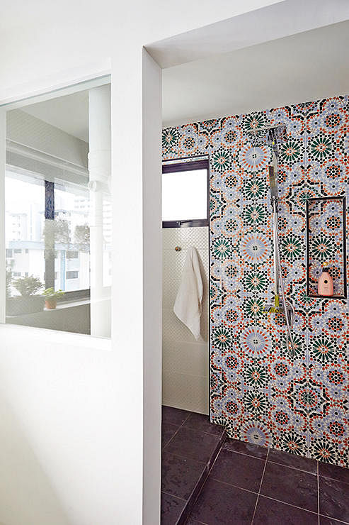 10 Incredibly Chic Bathrooms With Tile Inspiration Home Decor Singapore