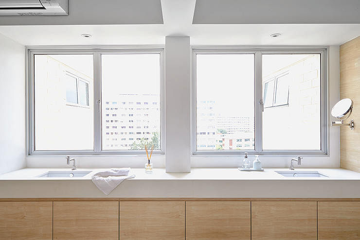 How to clean glass surfaces | Home & Decor Singapore