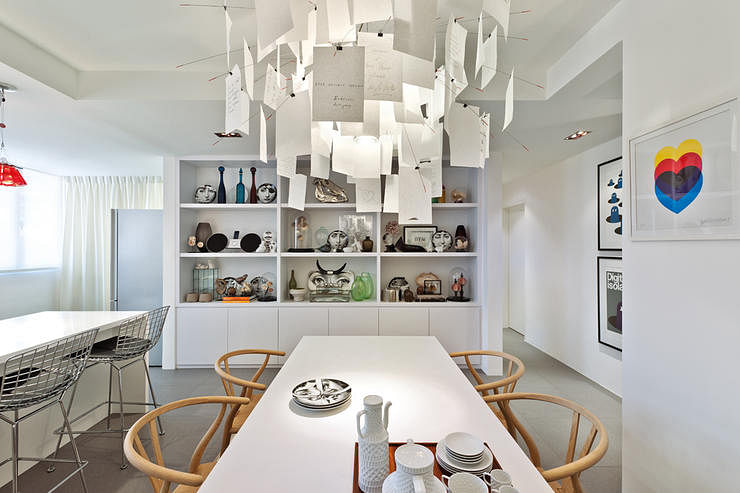 An Artsy Abode With A Cool White Palette Home Amp Decor