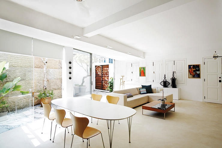 Home, Home And Decor, Shophouse, Renovation, White And Wood, Spacious,