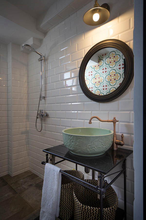 Bathroom styling tips matching the right washbasin with for Bathroom sink singapore
