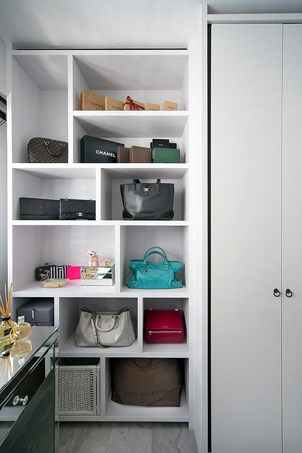 6 Storage Display Designs For Walk In Wardrobes Or Dressing Areas In Hdb Flats Home Amp Decor