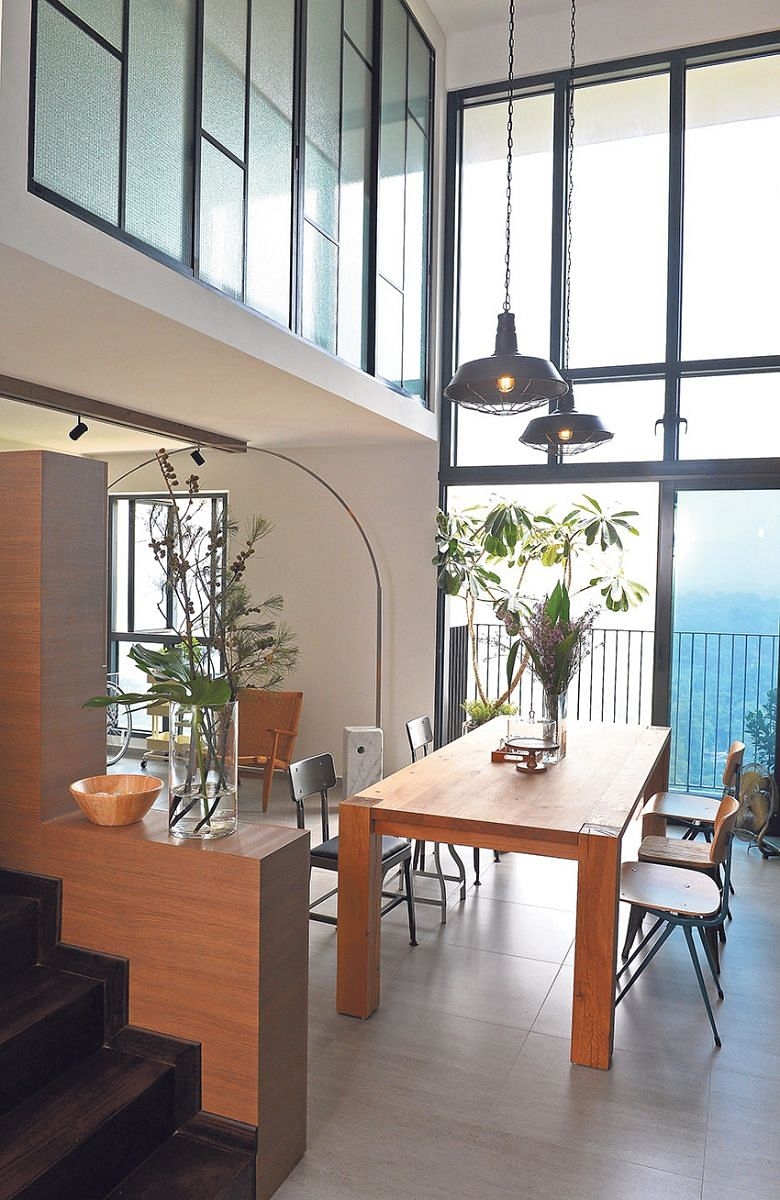 Hdb Home Design: Luxurious Living In This Five-room HDB Loft Unit
