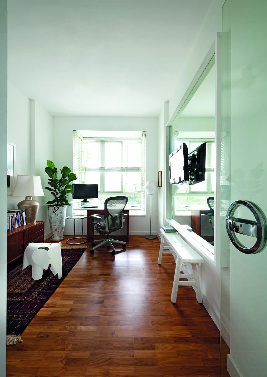 study room, mirrors, walls, bachelor pad