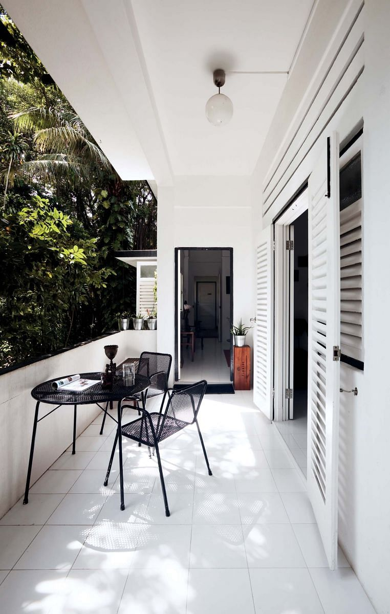 balcony, house tour, homes, tables, chairs, outdoors, vintage, french-inspired