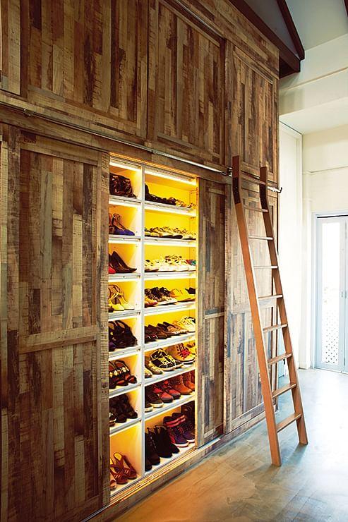 ladders bookshelf