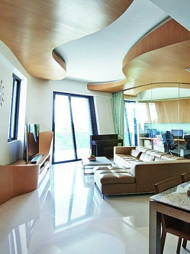 38735-flaunt-those-curves-four-bedroom-apartment
