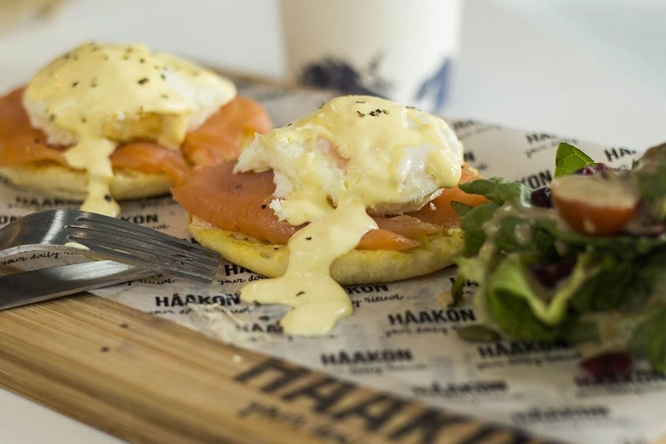 Haakon poached eggs