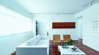 42827-carefully-curated-five-room-hdb-flat