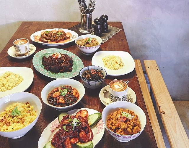 home entertaining hawker chefs for hire