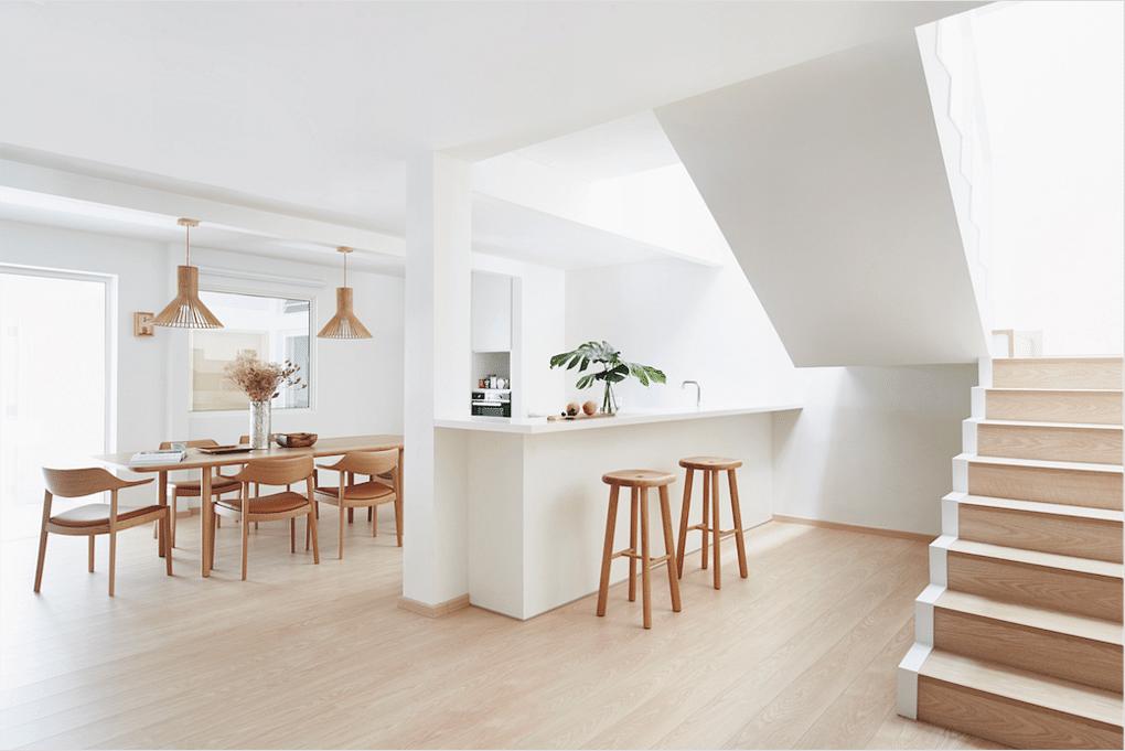 8 Light And Airy Home Interiors To Inspire Home Decor Singapore