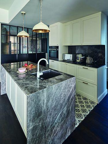 86797-modern-classic-four-bedroom-condominium2