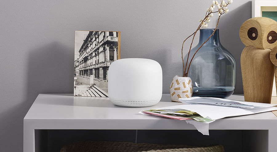 The Google Nest Wifi with voice-activated Google Assistant is the perfect home helper, which connects all your compatible home appliances to the internet.